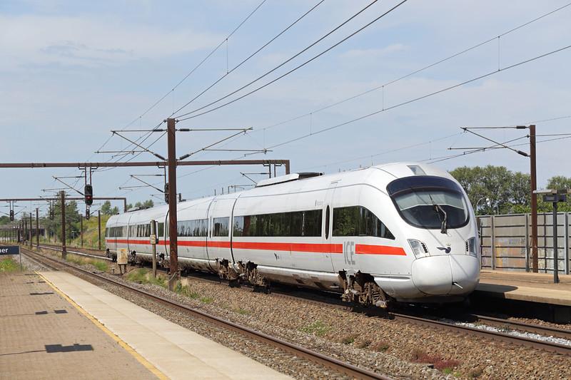 605520 Trekroner 17/7/2015<br /> ICE34 1113 København H-Berlin Hbf