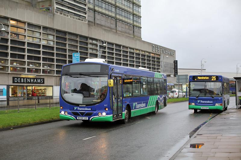 517 WX08SXD, Swindon 17/11/2015