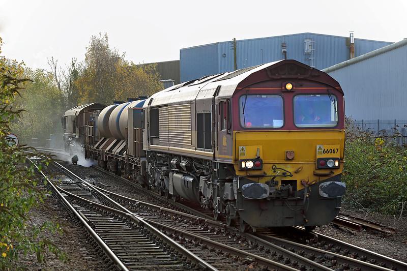 66067 and 66061, Warminster 18/11/2015<br /> 3J13 0845 Westbury-St Blazey (via Salisbury and Westbury)