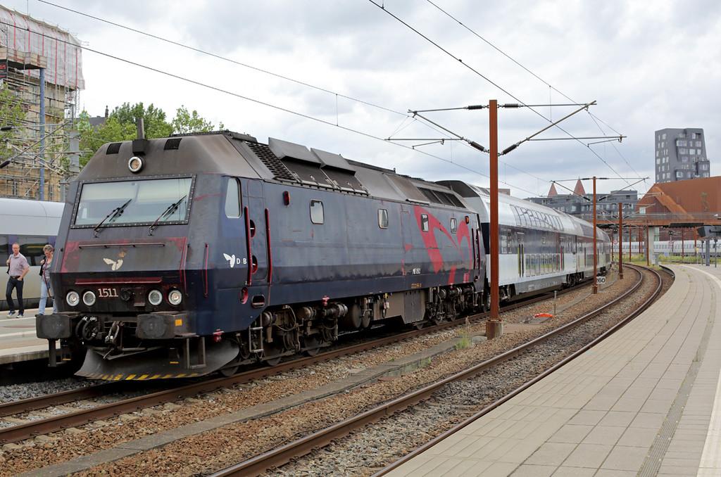 ME1511 Østerport 19/7/2015<br /> RE2537 1227 Østerport St-Holbæk St