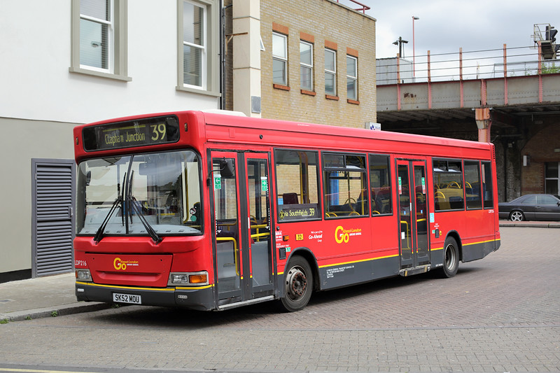 LDP216 SK52NOU, Clapham Junction 22/5/2015