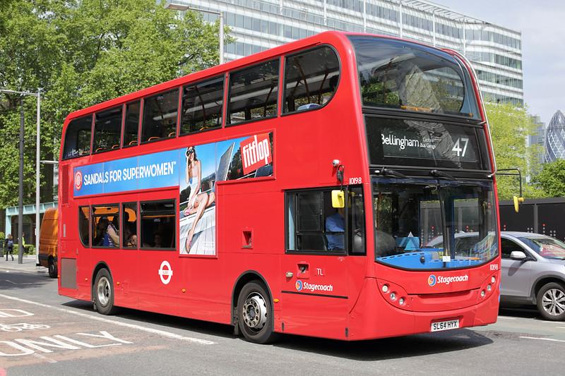 10198 SL64HYX, Southwark 22/5/2015