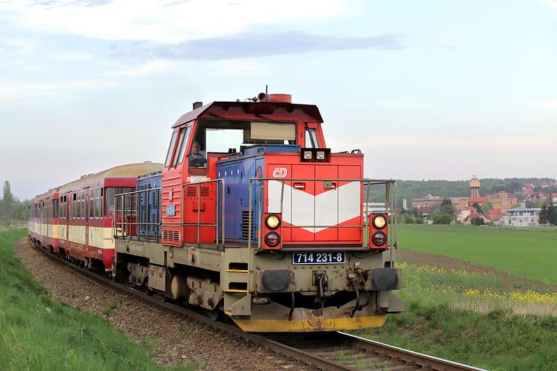 714231 Ruzyne 27/4/2015<br /> SP1896 1818 Praha Masarykovo nádraží-Kladno Ostravec