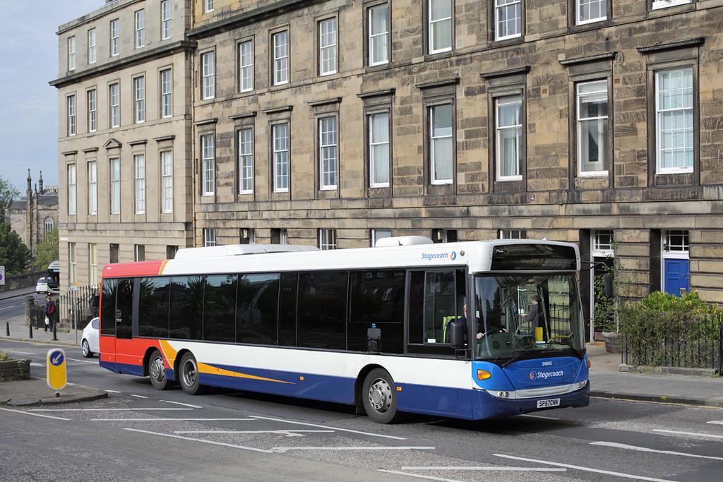 24005 SP57CNN, Edinburgh 28/9/2015