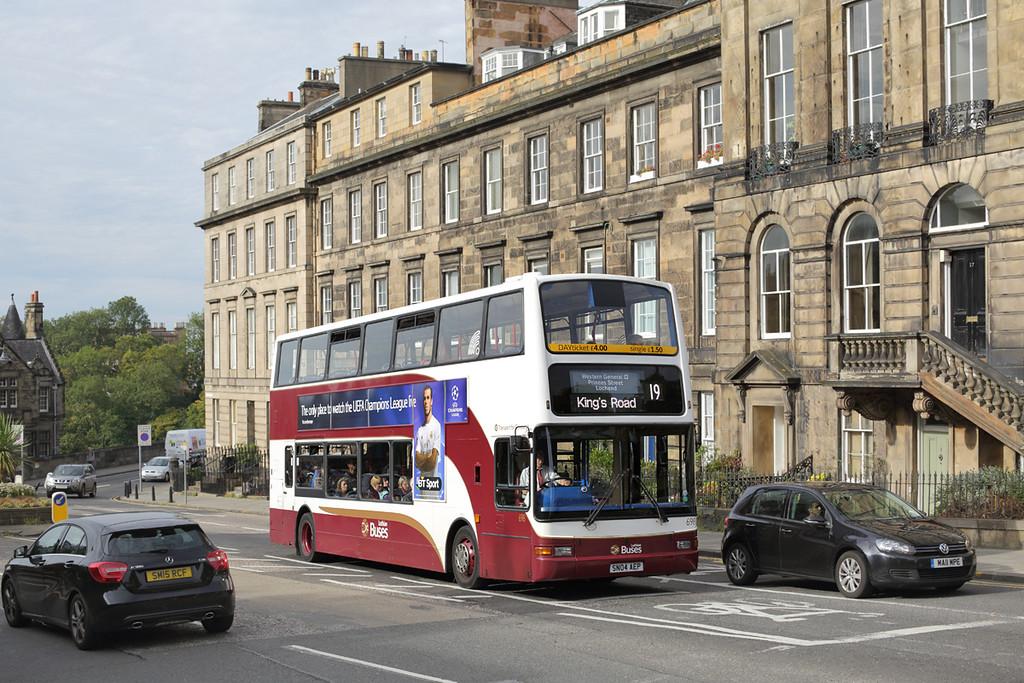 698 SN04AEP, Edinburgh 28/9/2015
