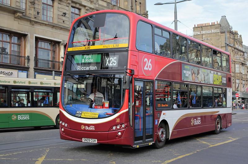 311 SN09CUH, Edinburgh 28/9/2015