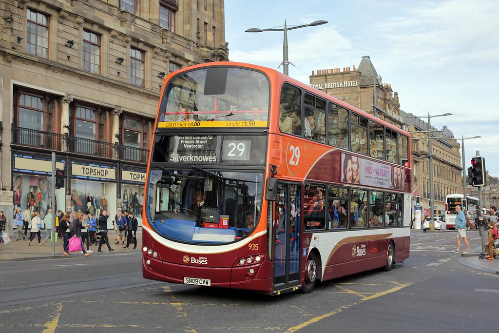 935 SN09CVW, Edinburgh 28/9/2015