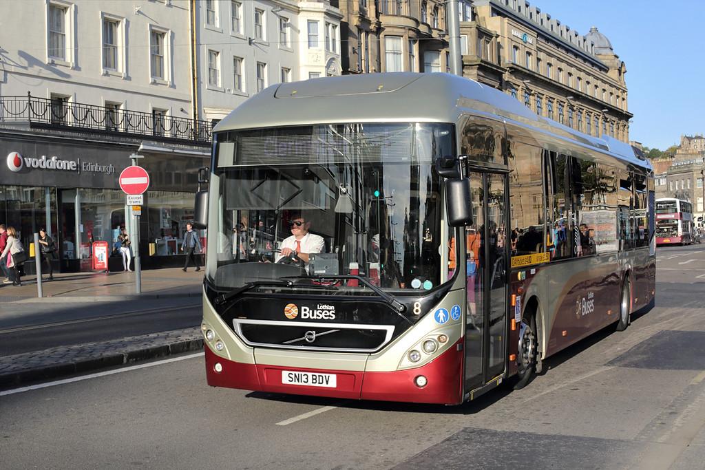 8 SN13BDV, Edinburgh 29/9/2015