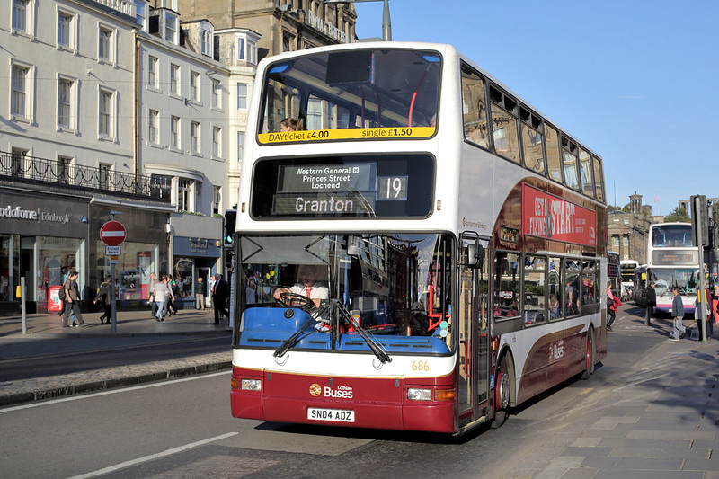 686 SN04ADZ, Edinburgh 29/9/2015