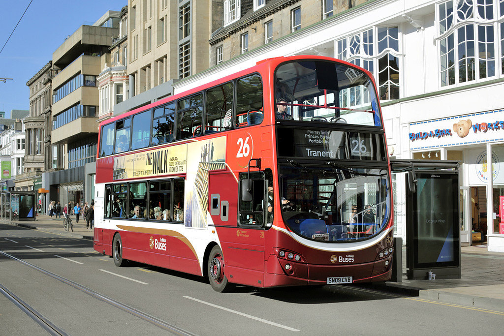 321 SN09CVB, Edinburgh 29/9/2015