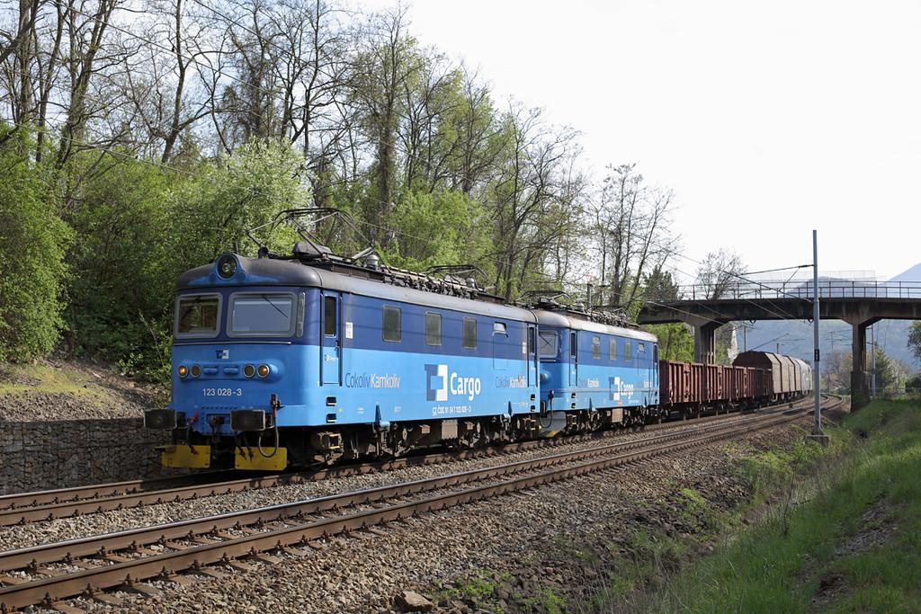 123028 and 122053, Libochovany 30/4/2015