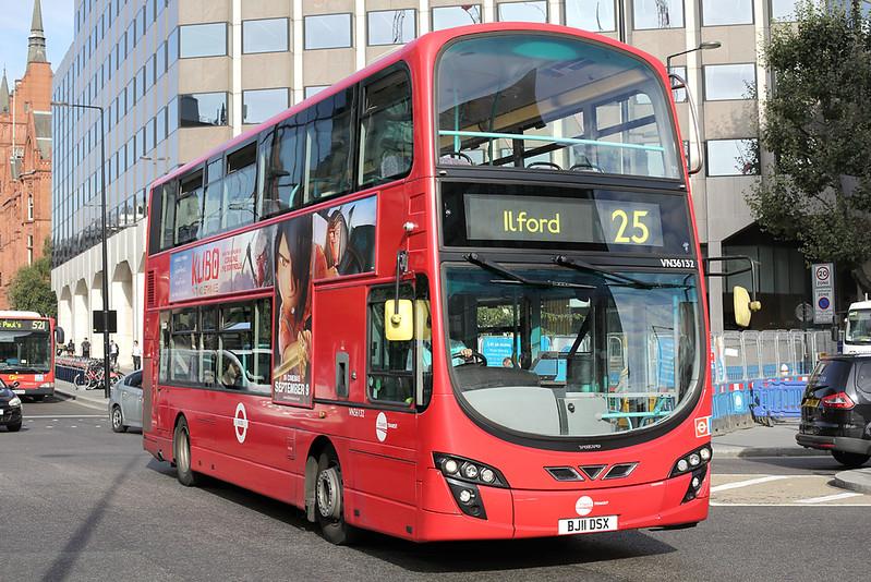 VN36132 BJ11DSX, Holborn Circus 1/9/2016