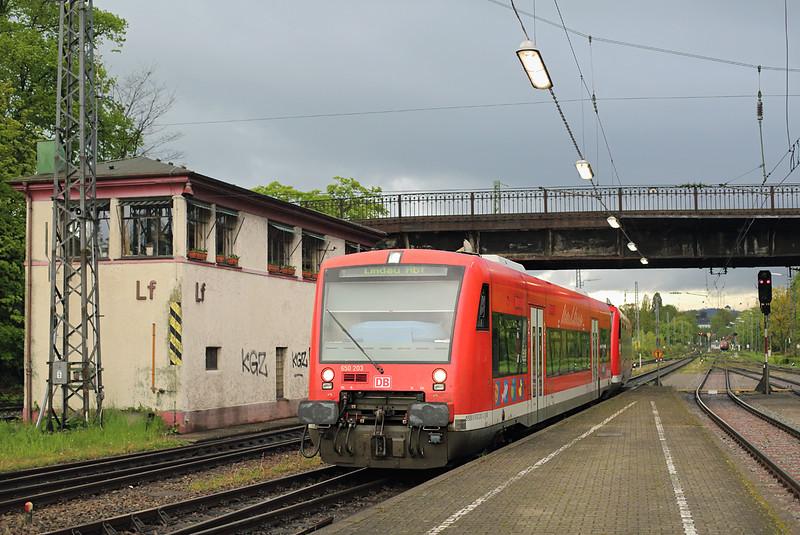 650203 Lindau Hbf 3/5/2016<br /> RB22735 1935 Friedrichshafen Stadt-Lindau Hbf