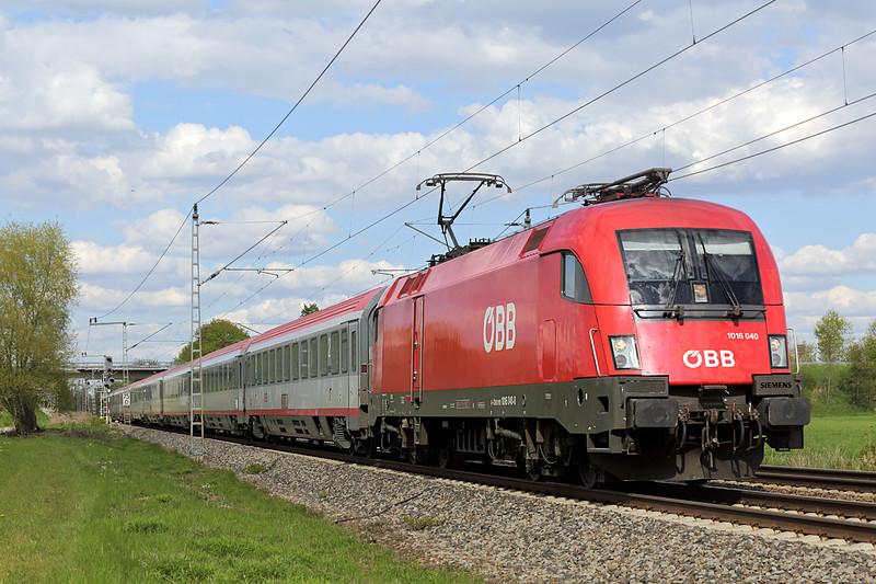 1016 040 Nersingen 4/5/2016<br /> EC112 1027 Klagenfurt Hbf-Frankfurt (M) Hbf