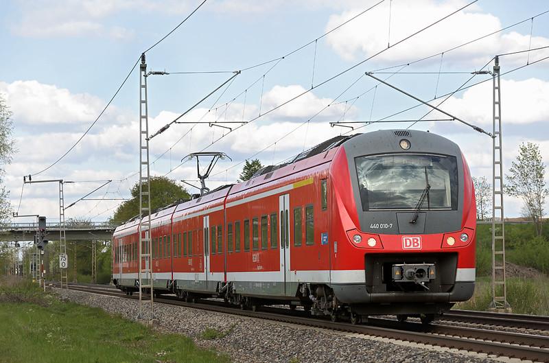 440010 Nersingen 4/5/2016<br /> RE57114 1536 München Hbf-Ulm Hbf