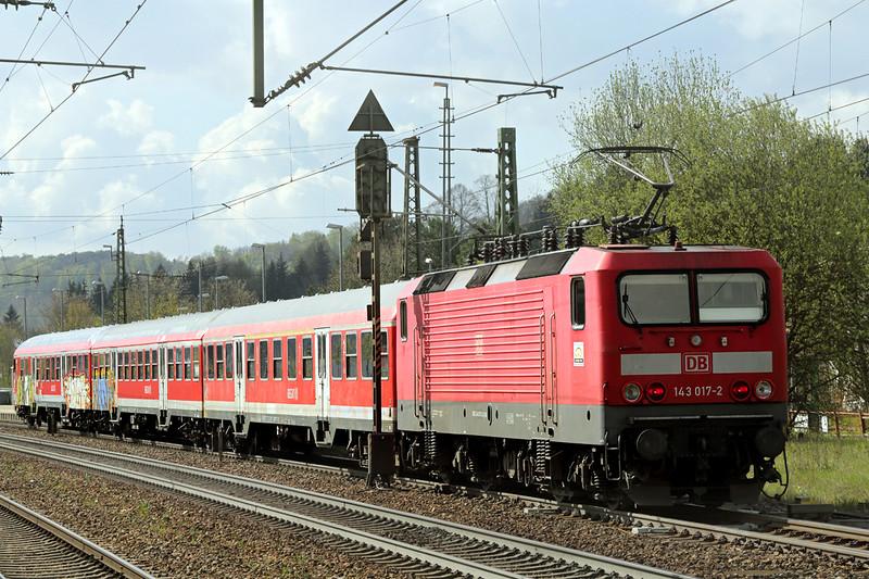 143017 Amstetten 4/5/2016<br /> RB19275 0959 Geislingen-Ulm Hbf