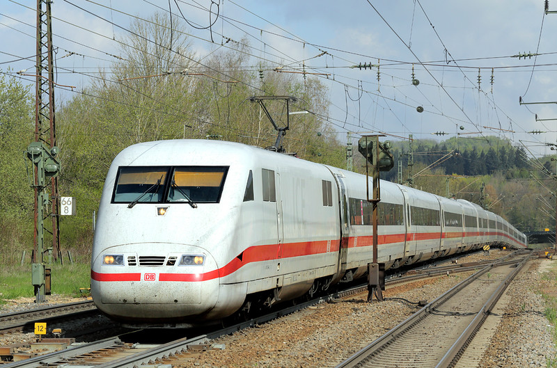 401564 Amstetten 4/5/2016<br /> ICE591 0241 Hamburg Altona-München Hbf