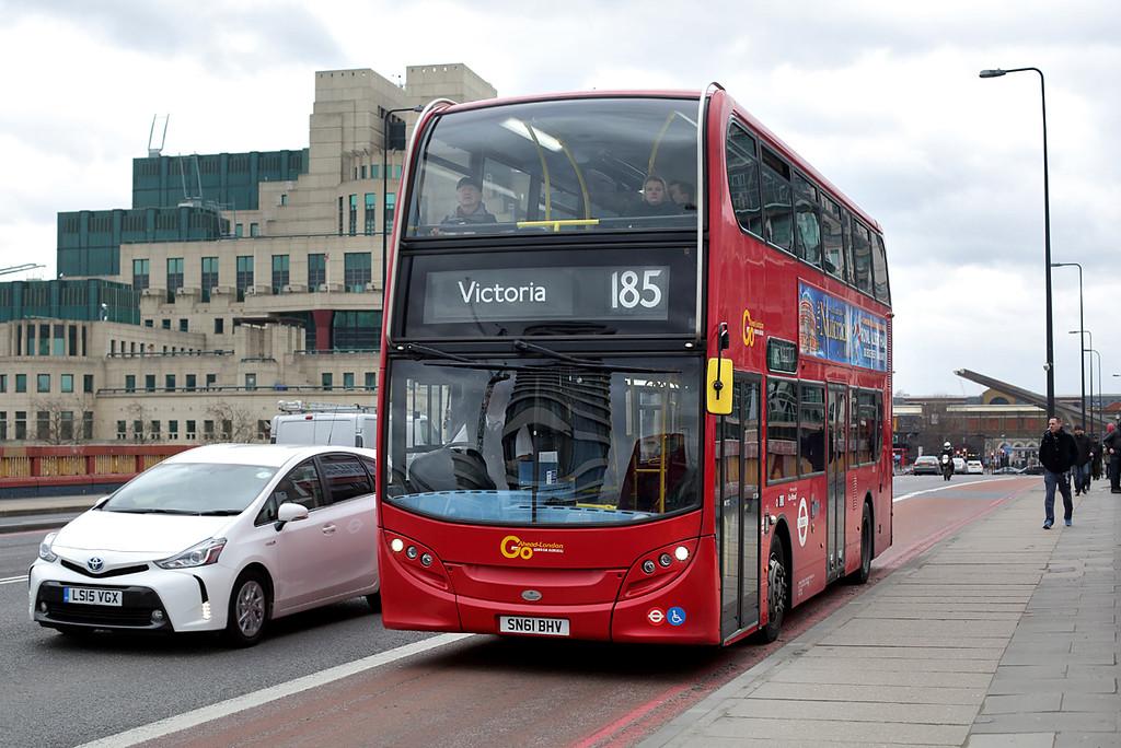 E182 SN61BHV, Vauxhall Bridge 6/2/2016