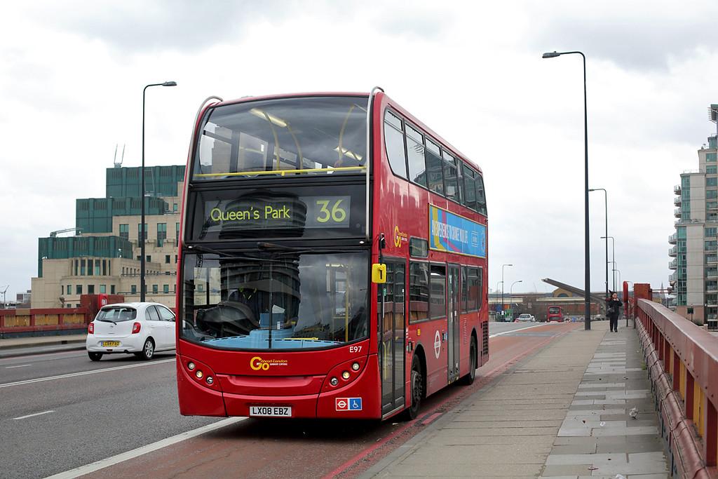 E97 LX08EBZ, Vauxhall Bridge 6/2/2016