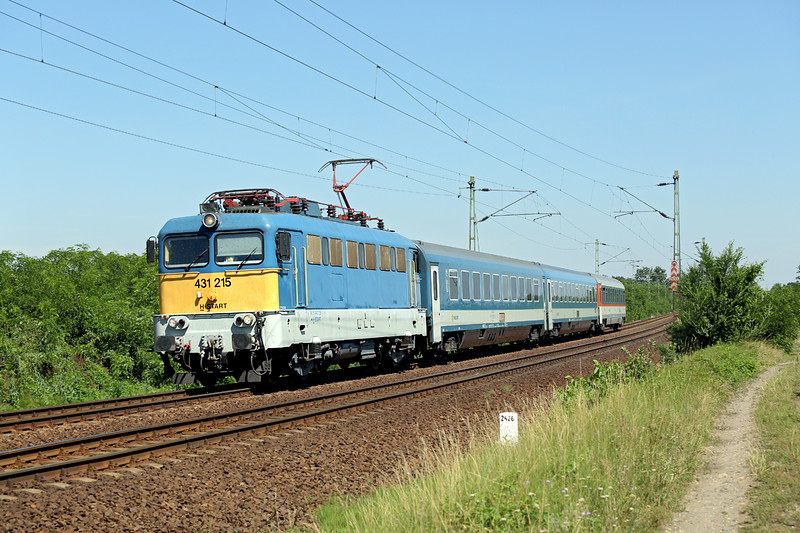431215 Hajdúhadház 11/7/2016<br /> IC560 0730 Budapest Keleti-Budapest Nyugati (via Miskolc and Debrecen)