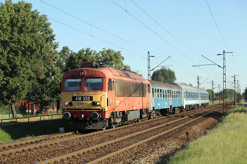 418333 Debrecen-Csapókert 11/7/2016<br /> IC638 1807 Debrecen-Mátészalka