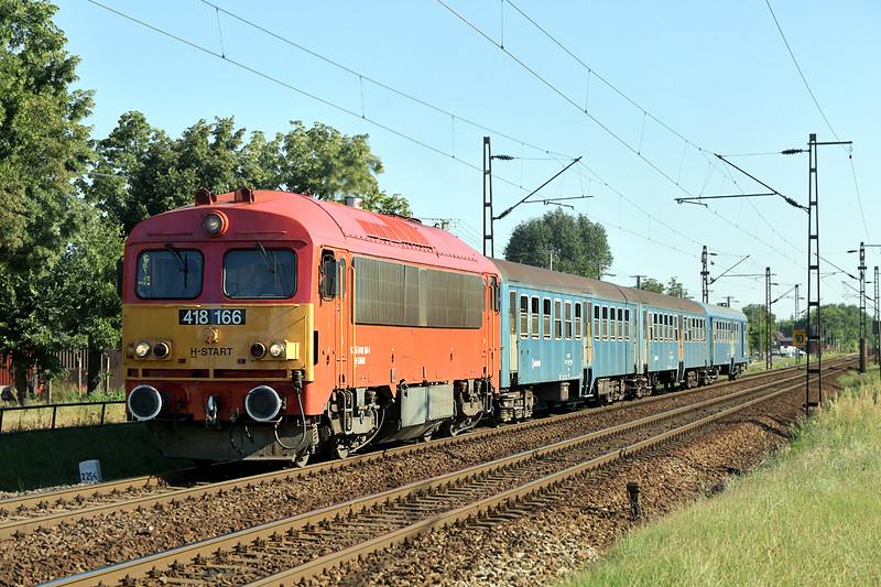 418166 Debrecen-Csapókert 11/7/2016<br /> S6336 1712 Debrecen-Mátészalka