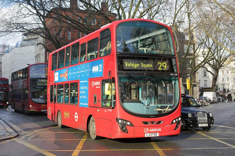 HV128 LJ13FBD, Bloomsbury 13/12/2016