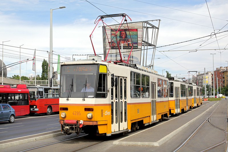 4295, 4341 and 4297, Puskás Ferenc Stadion 15/7/2016