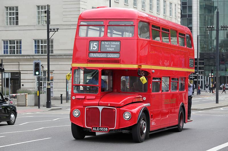 RM1933 ALD933B, Westminster Bridge 18/8/2016