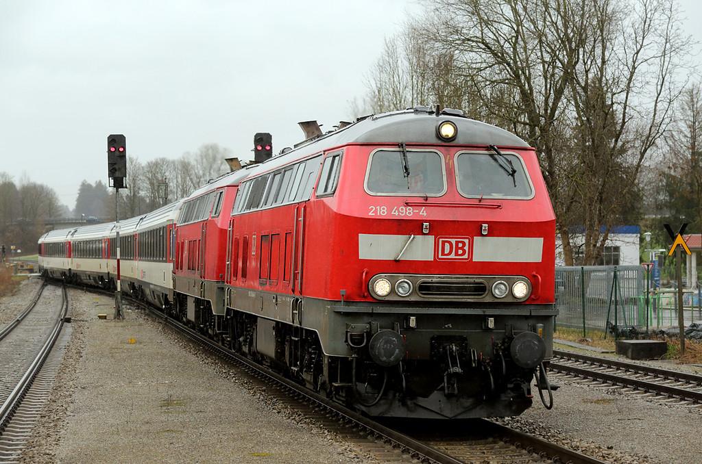 218498 and 218421, Hergatz 23/2/2016<br /> EC194 1233 München Hbf-Zürich HB