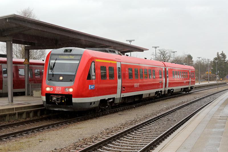 612143 Hergatz 23/2/2016<br /> RE3288 1230 Augsburg Hbf-Lindau Hbf