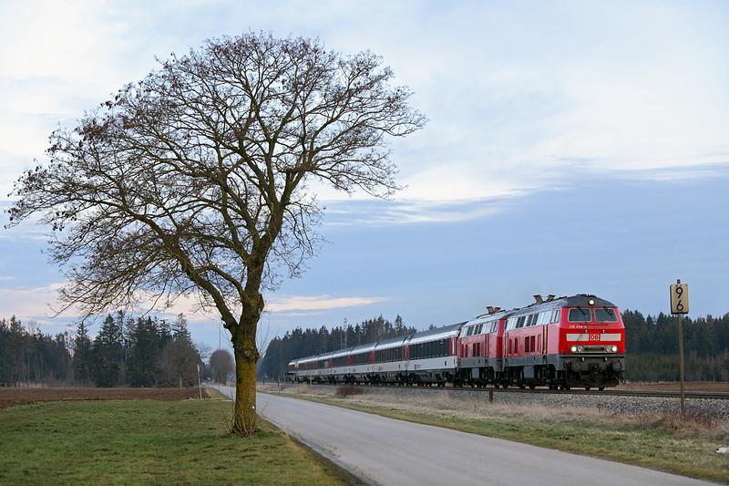 218498 and 218421, Türkheim 24/2/2016<br /> EC192 1633 München Hbf-Basel SBB