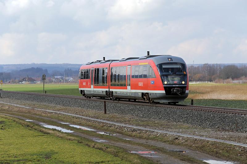 642587 Sontheim 24/2/2016<br /> RB57527 1307 Memmingen-Augsburg Hbf