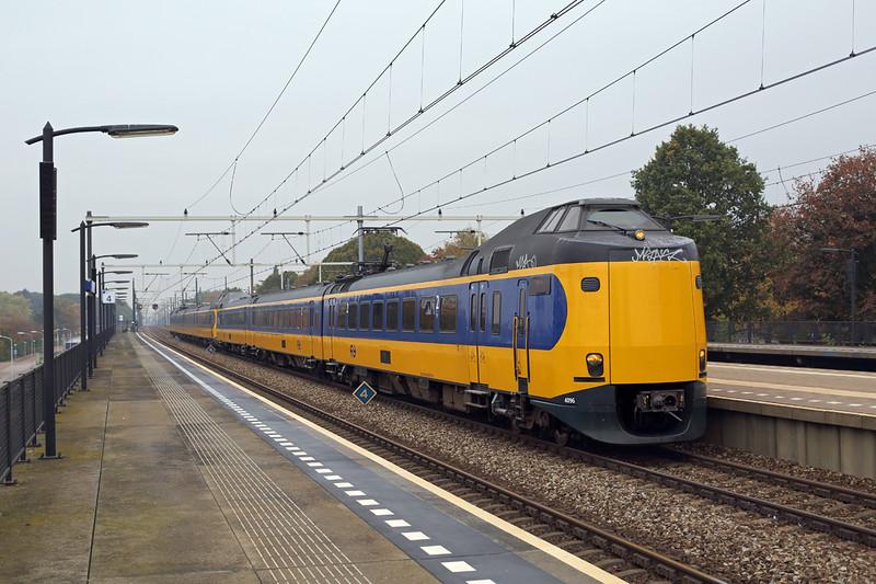 4096 and 4207, Eindhoven Strijp-S 24/10/2016<br /> 3541 1146 Schiphol Airport-Heerlen