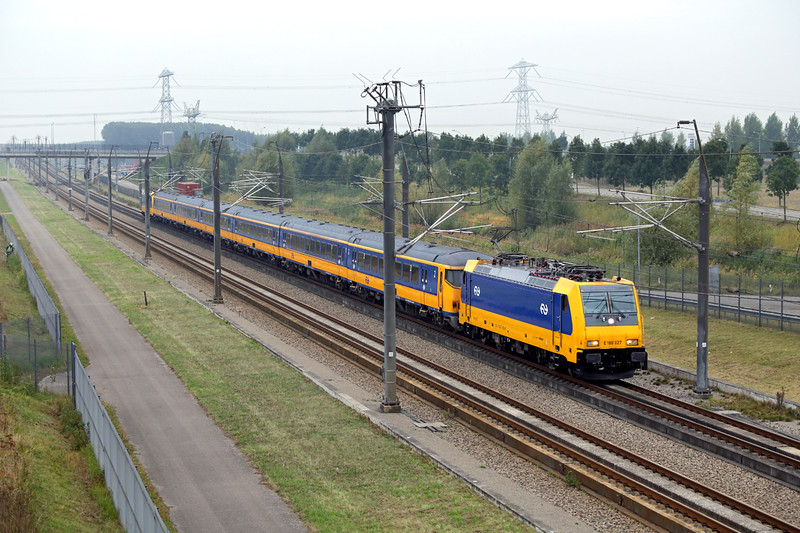 186027 Lage Zwaluwe 24/10/2016<br /> ICD921 1027 Breda-Amsterdam Centraal