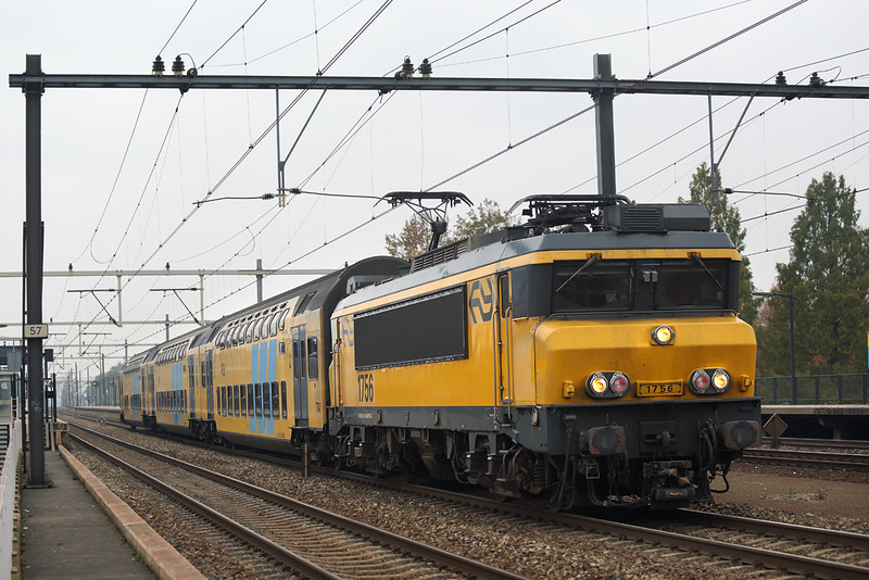 1756 Eindhoven Strijp-S 24/10/2016<br /> 4447 1323 Nijmegen-Eindhoven