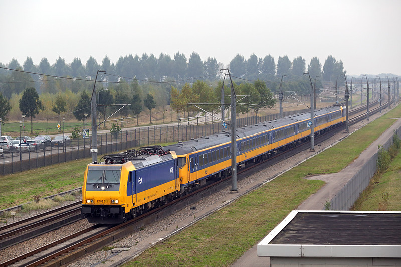 186011 Lage Zwaluwe 24/10/2016<br /> ICD926 0955 Amsterdam Centraal-Breda