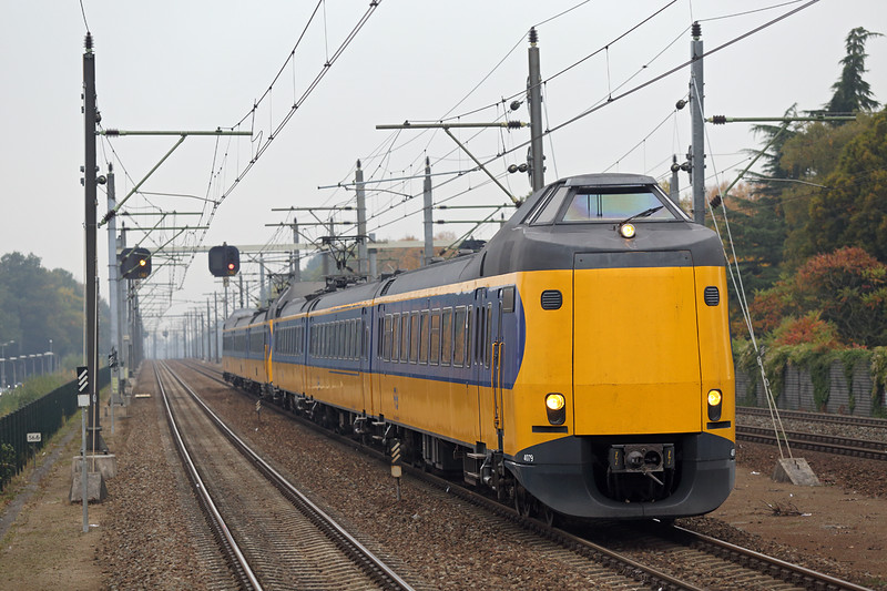 4079 and 4041, Eindhoven Strijp-S 24/10/2016<br /> 1947 1252 Den Haag Centraal-Eindhoven