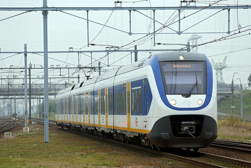 2657 Lage Zwaluwe 24/10/2016<br /> 5132 1022 Roosendaal-Den Haag Centraal