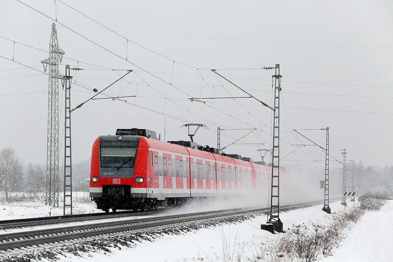 423176 München-Aubing 25/2/2016<br /> S4 1021 Grafing-Geltendorf