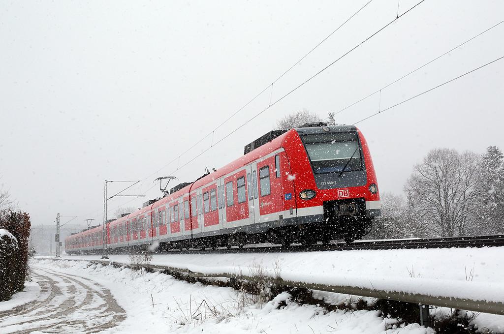 423659 München-Aubing 25/2/2016<br /> S4 1051 Ebersberg-Grafrath