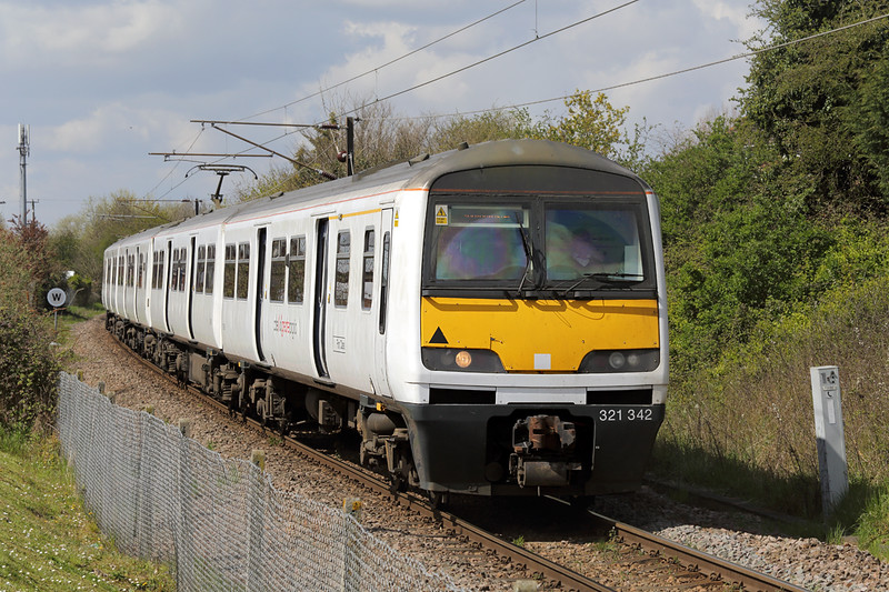 321342 Burnham-on-Crouch 27/4/2016<br /> 2J24 1056 Wickford-Southminster