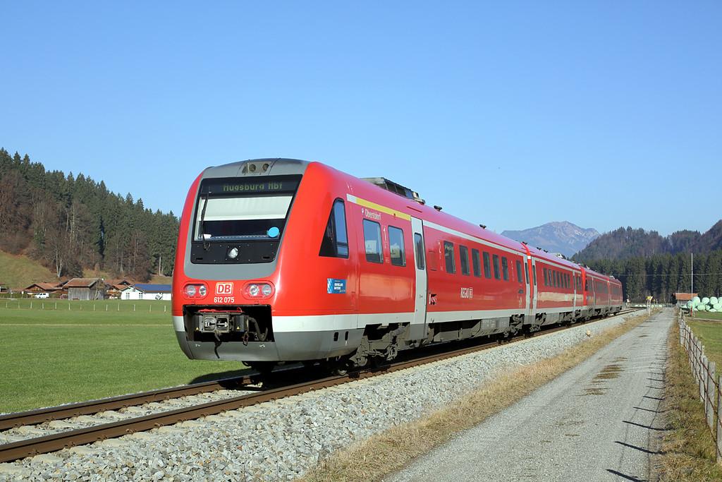 612075 Langenwang 29/11/2016<br /> RE3387 1142 Oberstdorf-Augsburg Hbf