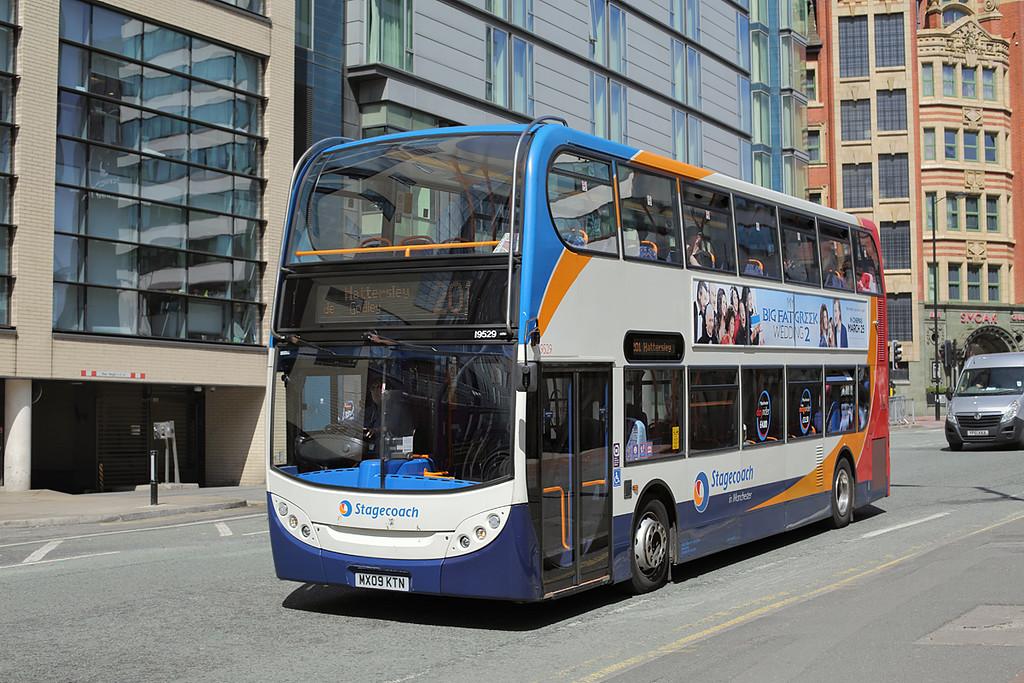 19529 MX09KTN, Manchester 31/5/2016