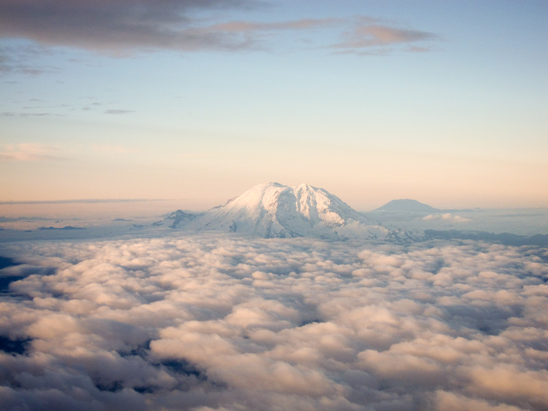 Mt Ranier with mt St Helens in background