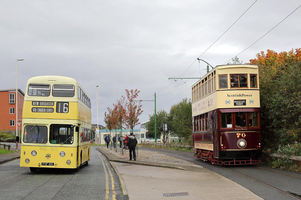 1 FHF451 and Tram 70, Birkenhead 1/10/2017