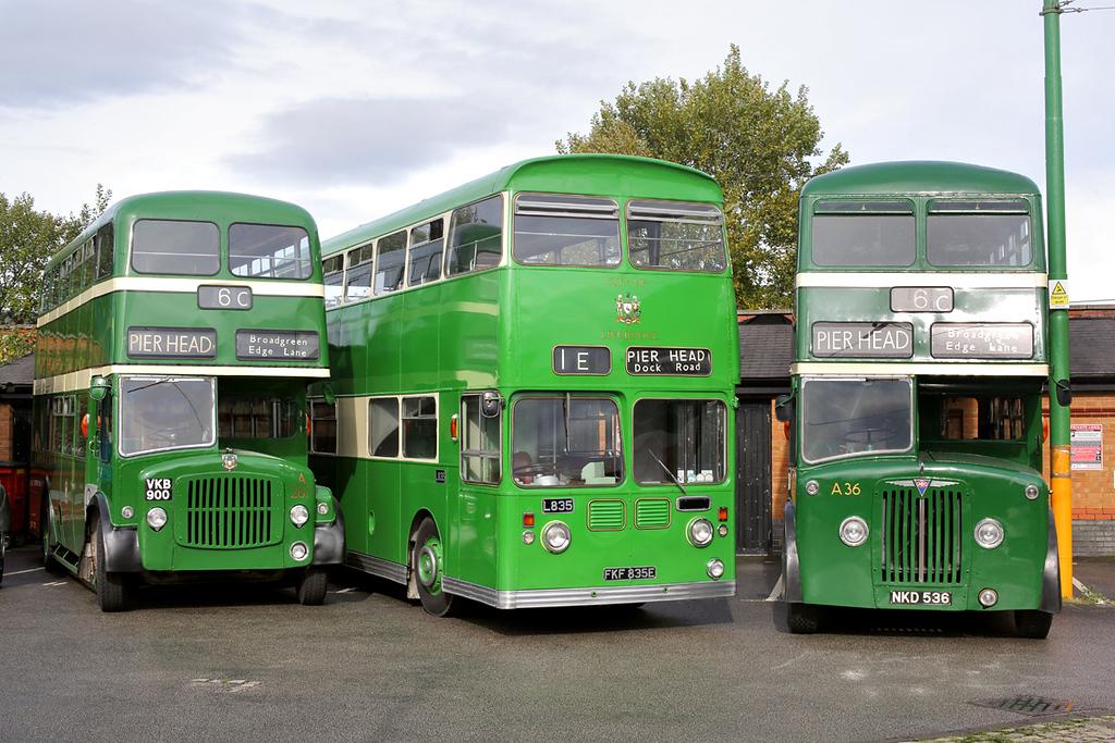 A267 VKB900, L835 FKF835E and A36 NKD536, Birkenhead 1/10/2017