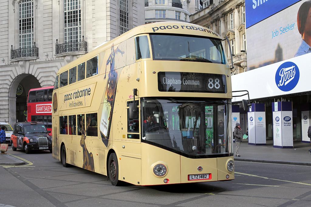 LT482 LTZ1482, Piccadilly Circus 3/1/2017