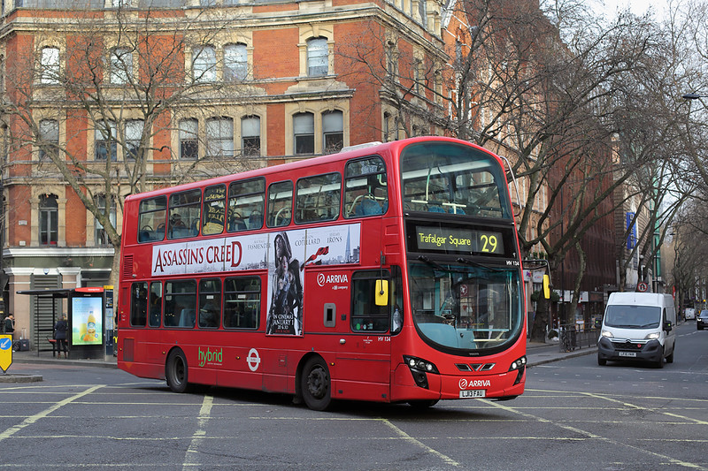 HV124 LJ13FAU, Cambridge Circus 3/1/2017