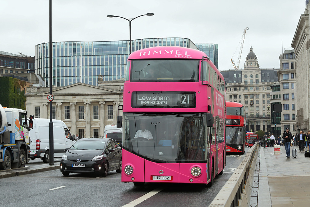 LT852 LTZ1852, London Bridge 4/9/2017